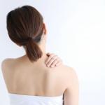 肩がこった女性
