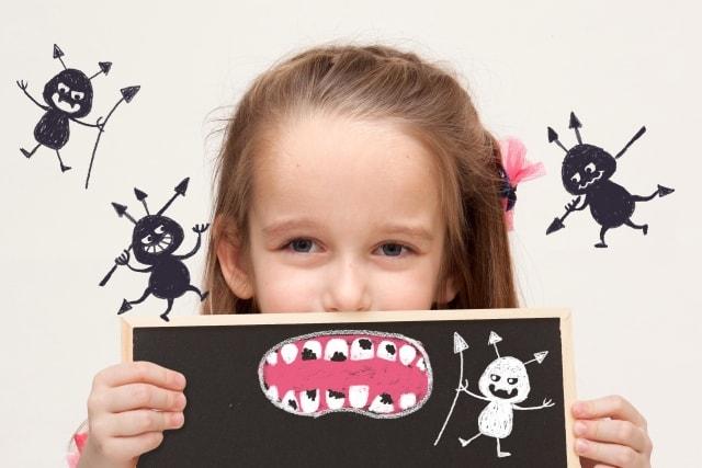 虫歯の子供イメージ図